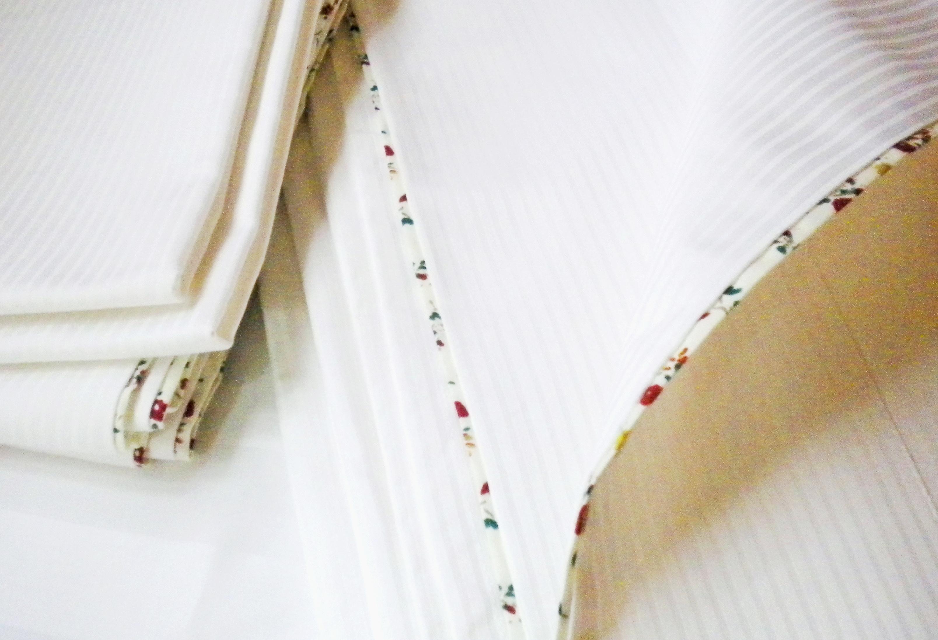 Lençóis, colchas de cama e capas de edredom em modelos exclusivos do Ateliê Ana Cordeiro